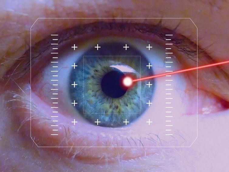 Comment se faire opérer des yeux pour ne plus porter de lunettes ?